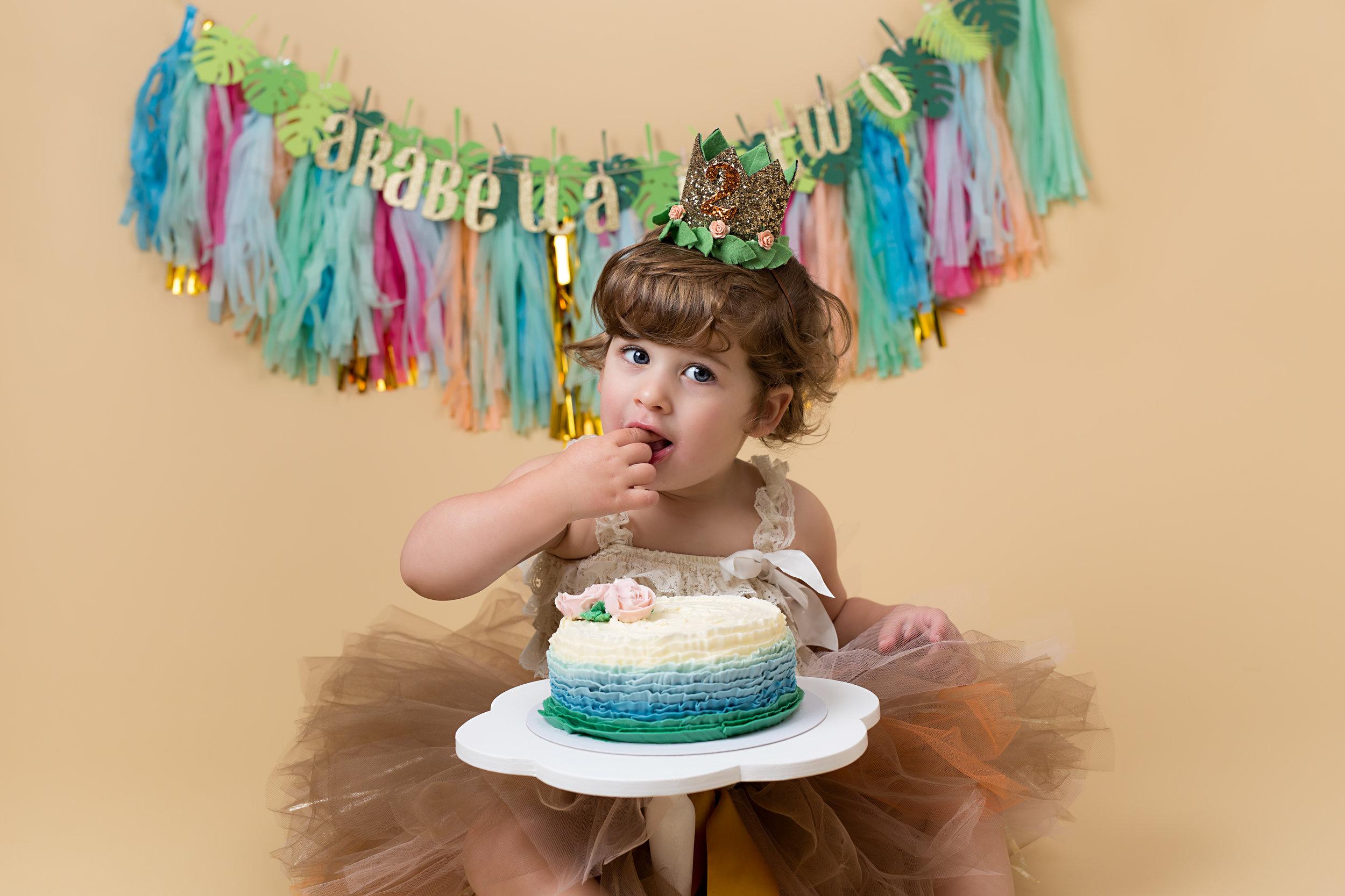 Cake smash sessions, Wellington, Taunton, Somerset. 11.jpg
