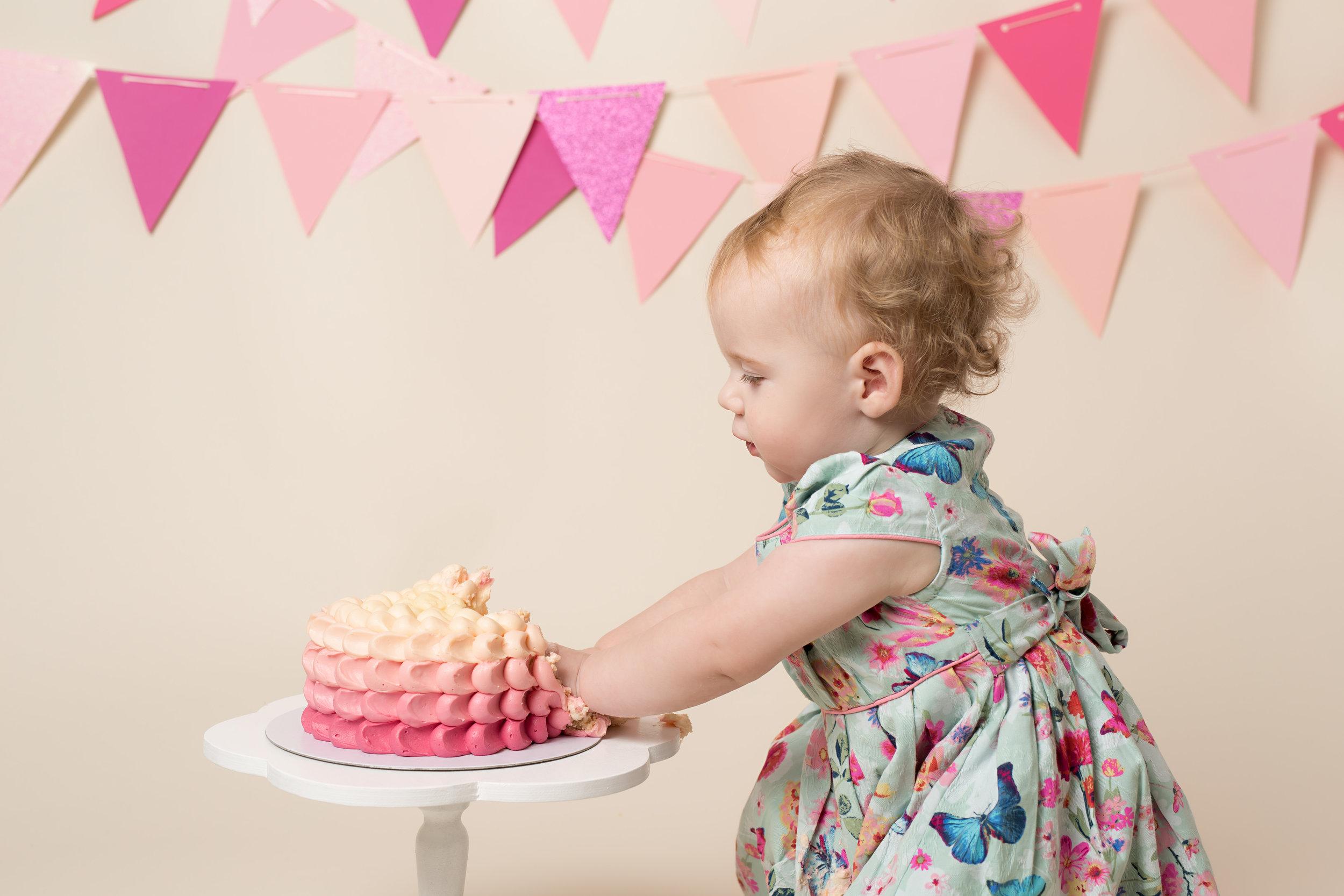 Cake smash, Wellington, Taunton.jpg
