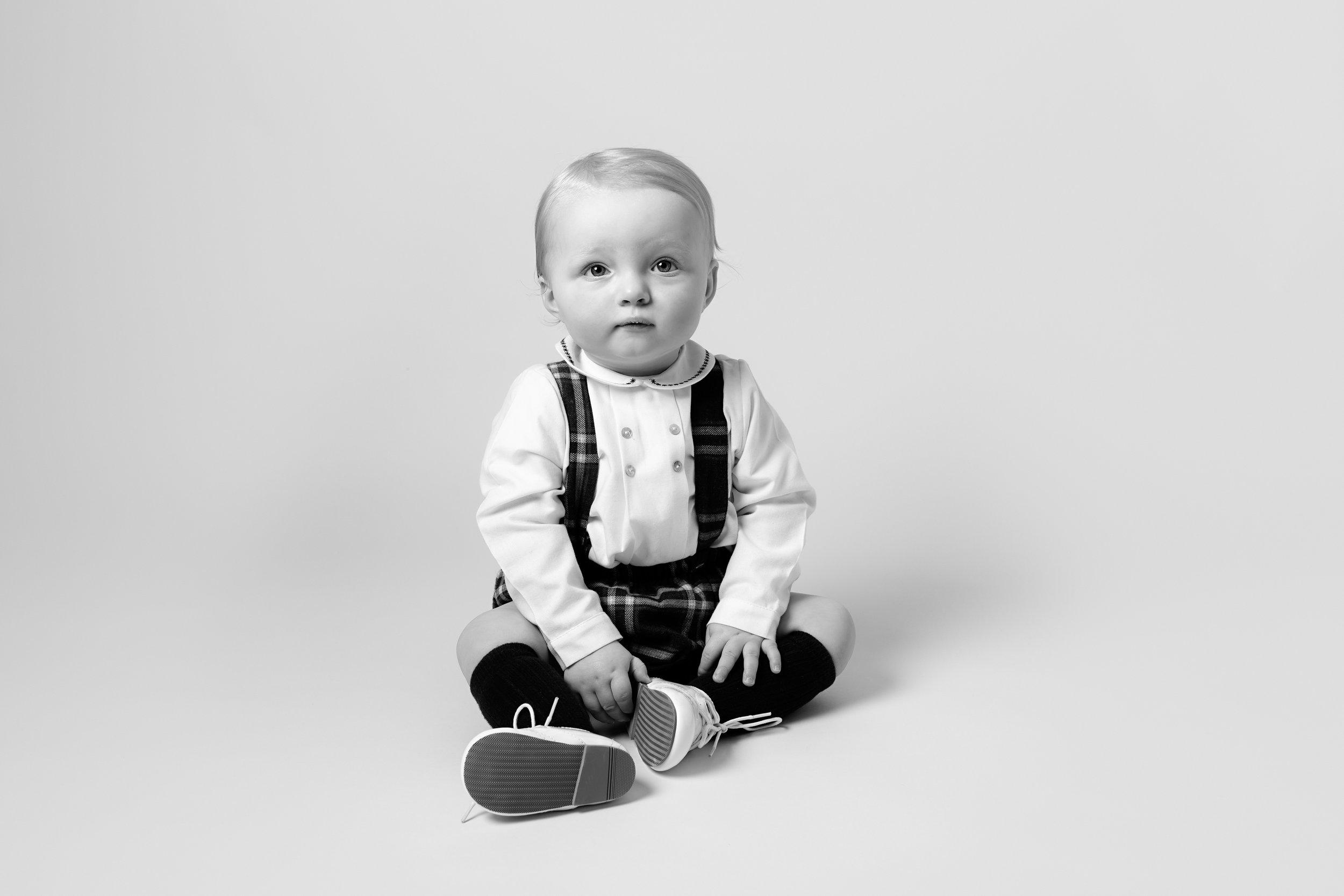Karen Kimmins newborn Phootography.jpg