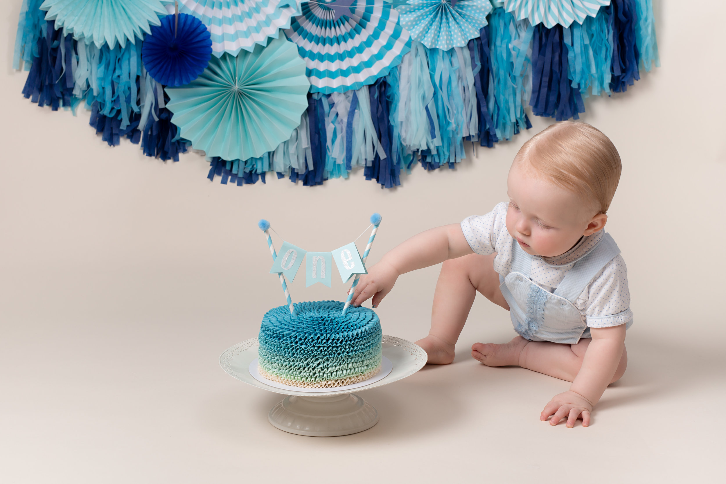 Karen Kimmins Photography- cake smash,Wellington, Taunton. .jpg