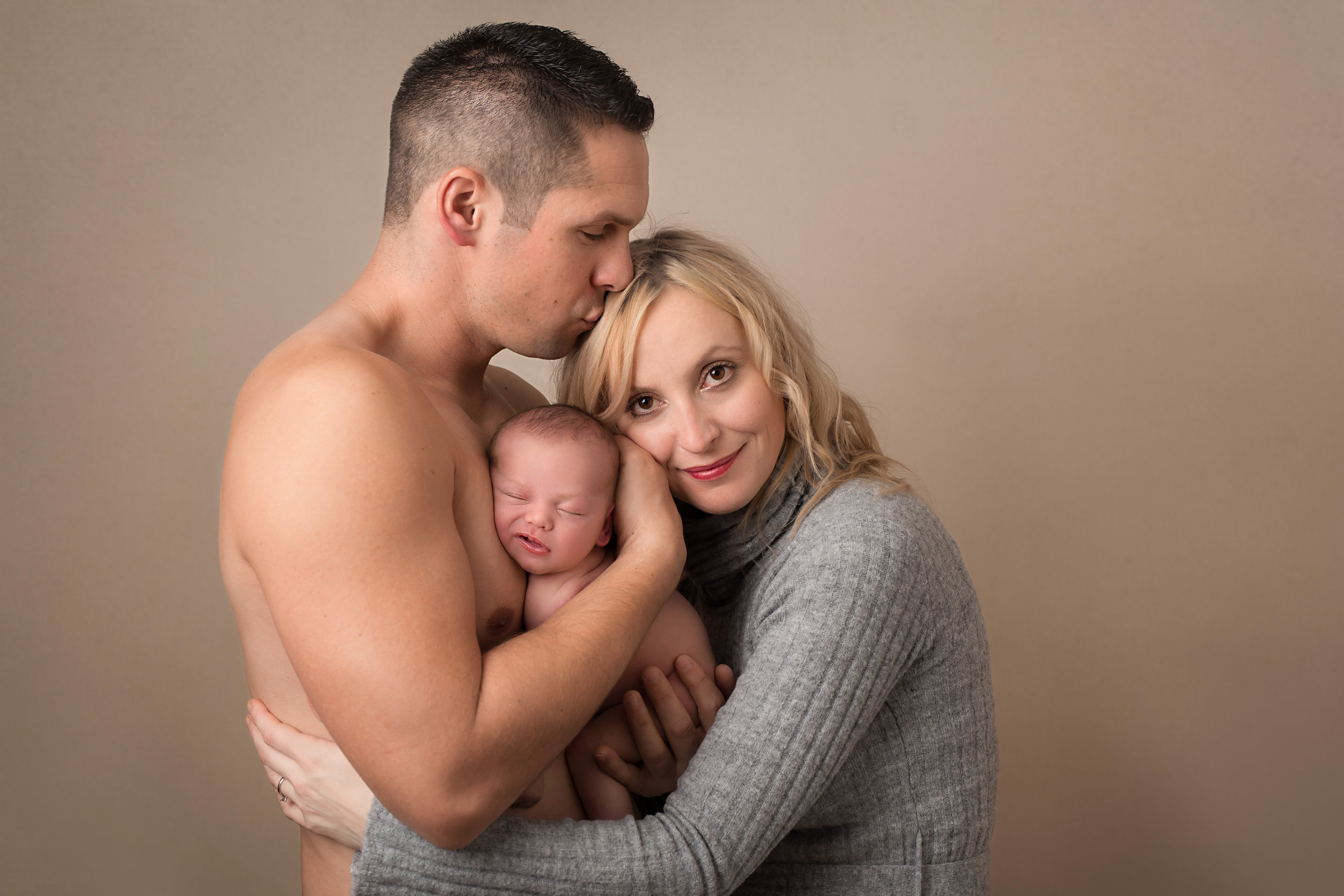 Karen Kimmins newborn photographer..jpg