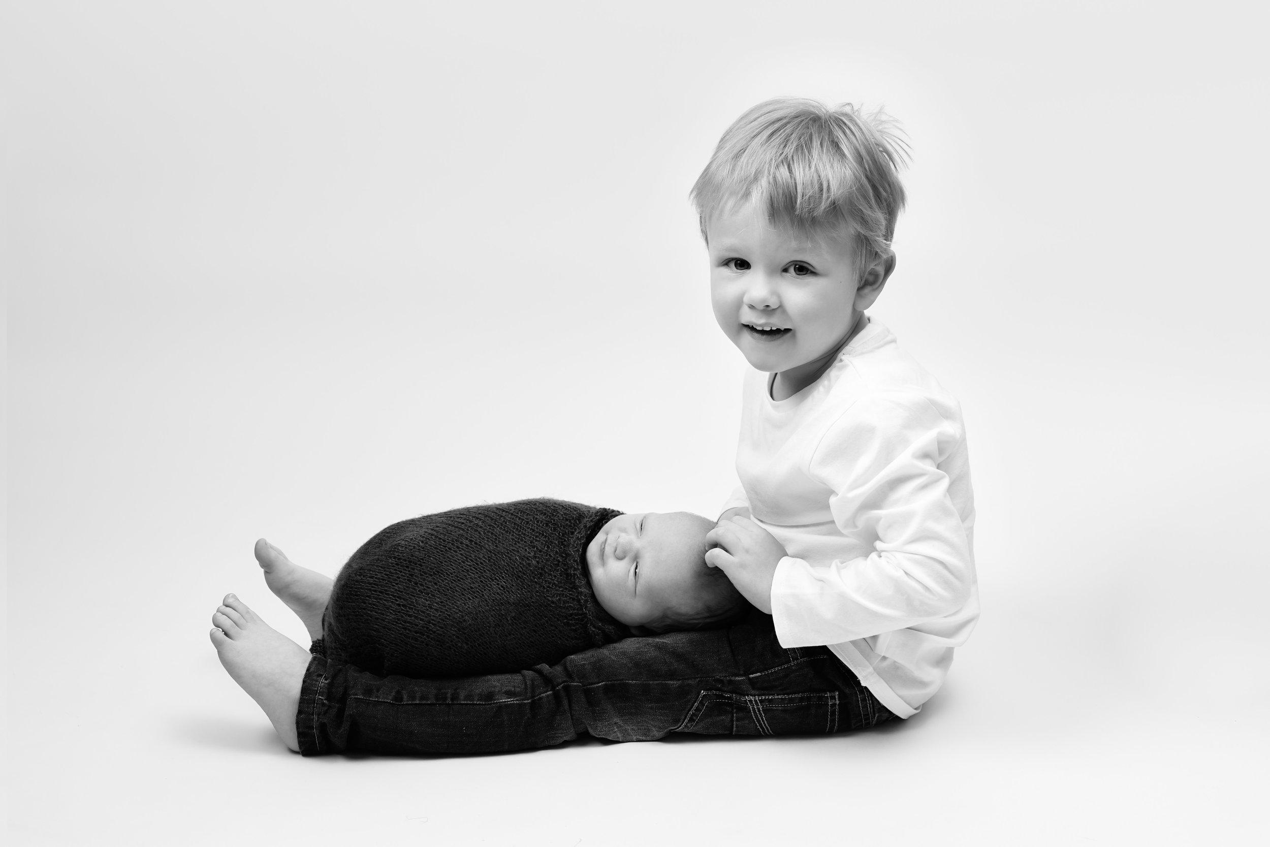Newborn photography, Wellington, Somerset..jpg