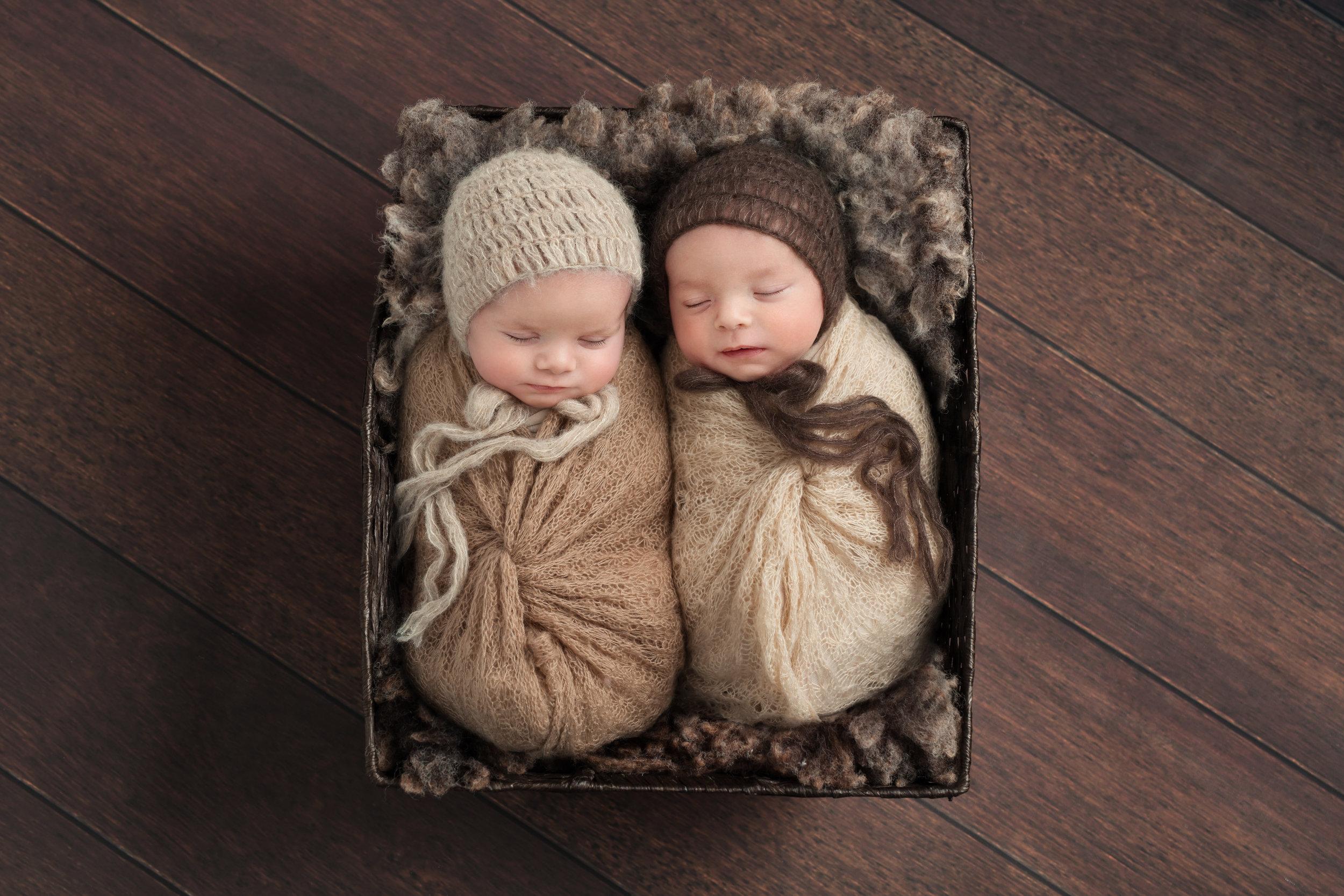 Karen Kimmins Newborn Photography. Professional photographer. .jpg
