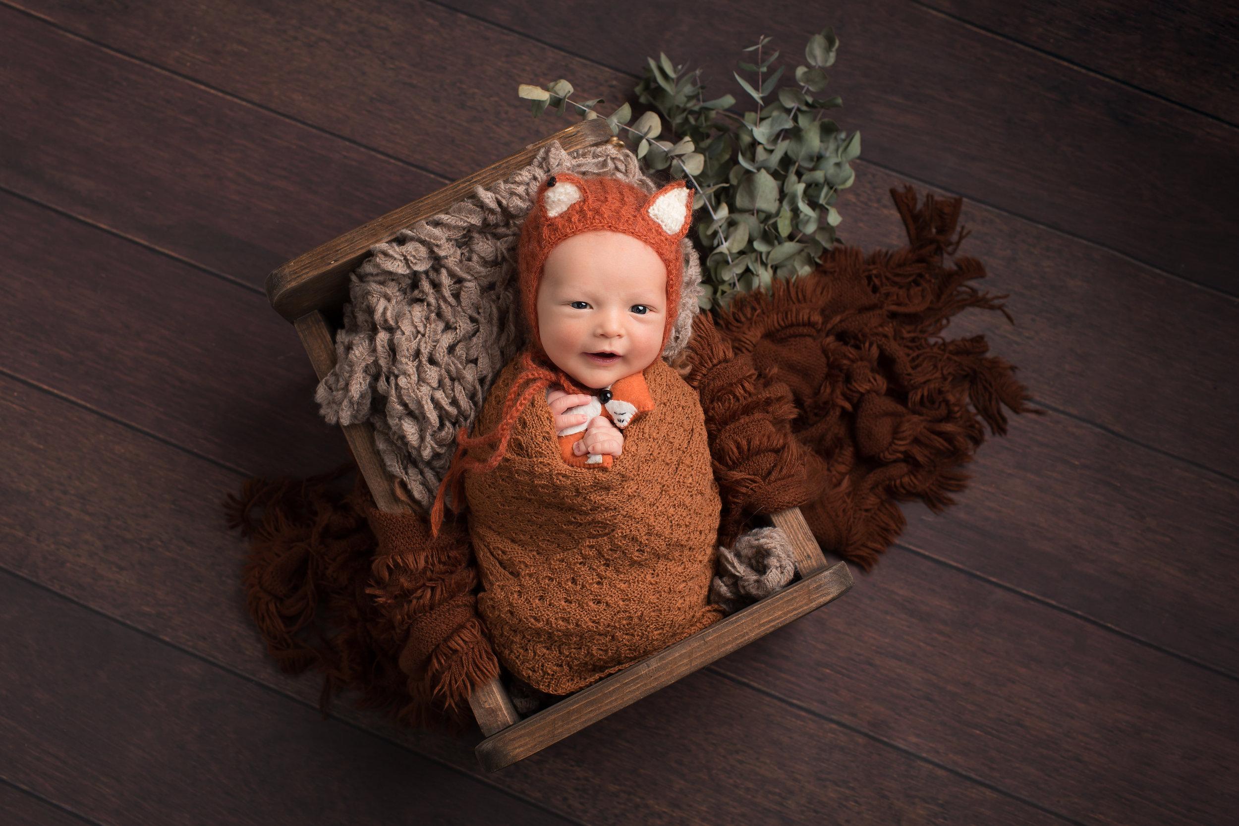Karen Kimmins Newborn Phootgrapher..jpg