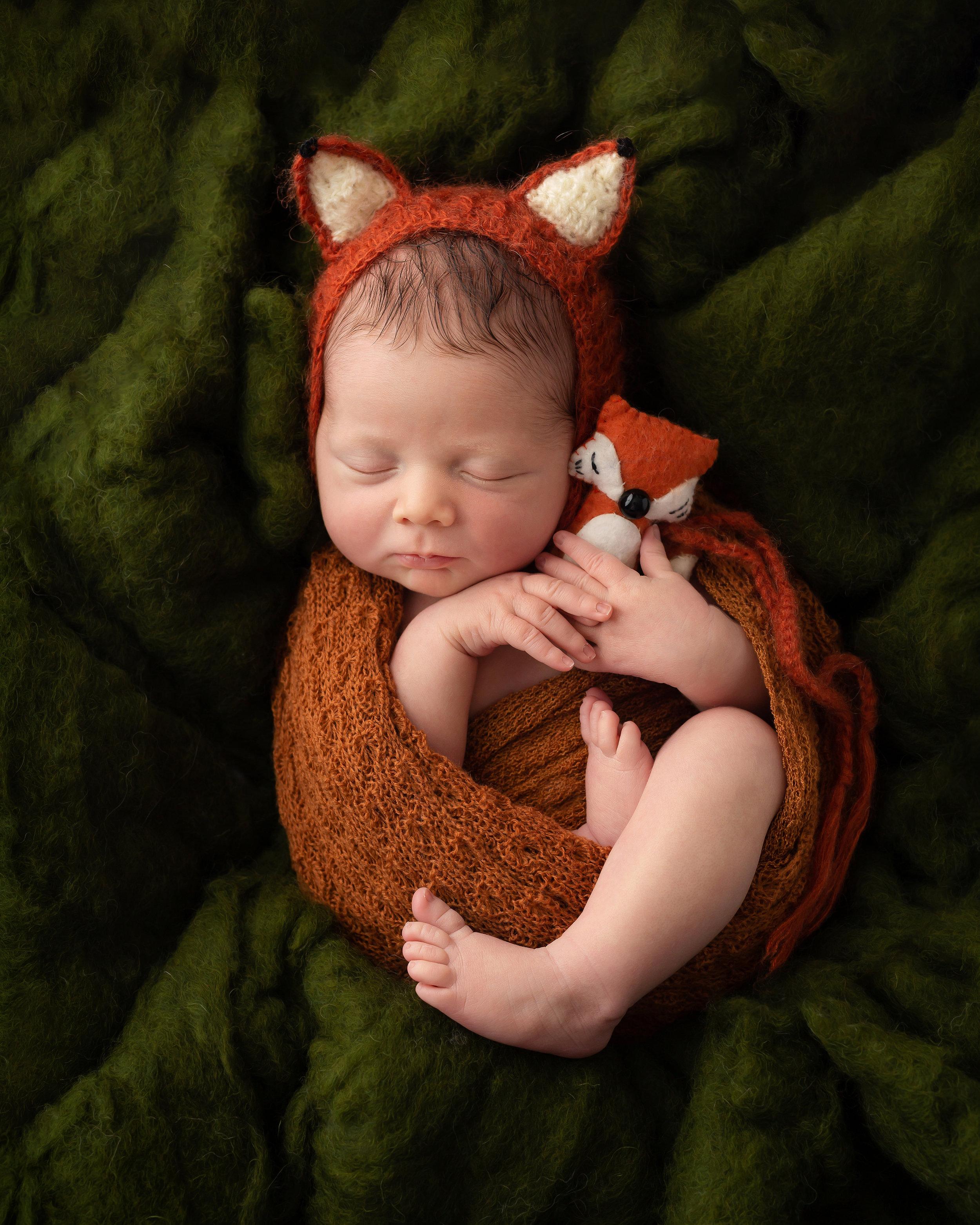 Karen Kimmins Newborn photography.jpg