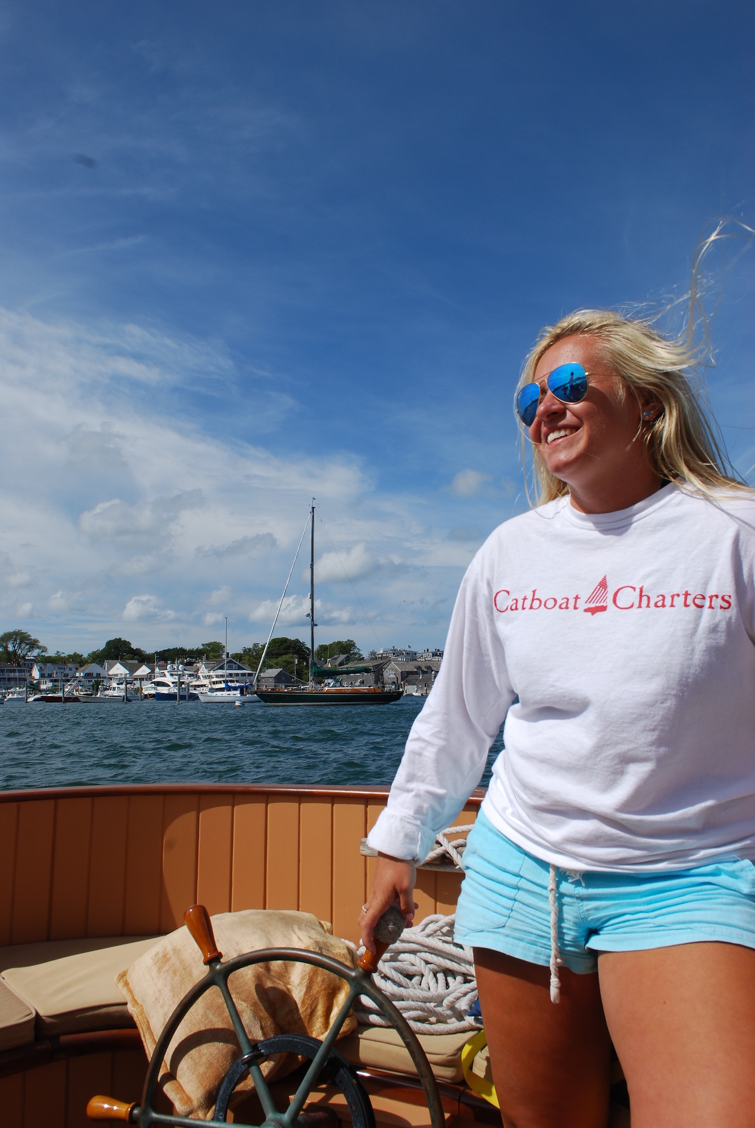 First Mate, Jessica, assisted in manning the ship and made sure our sail was perfect and our glasses were filled.