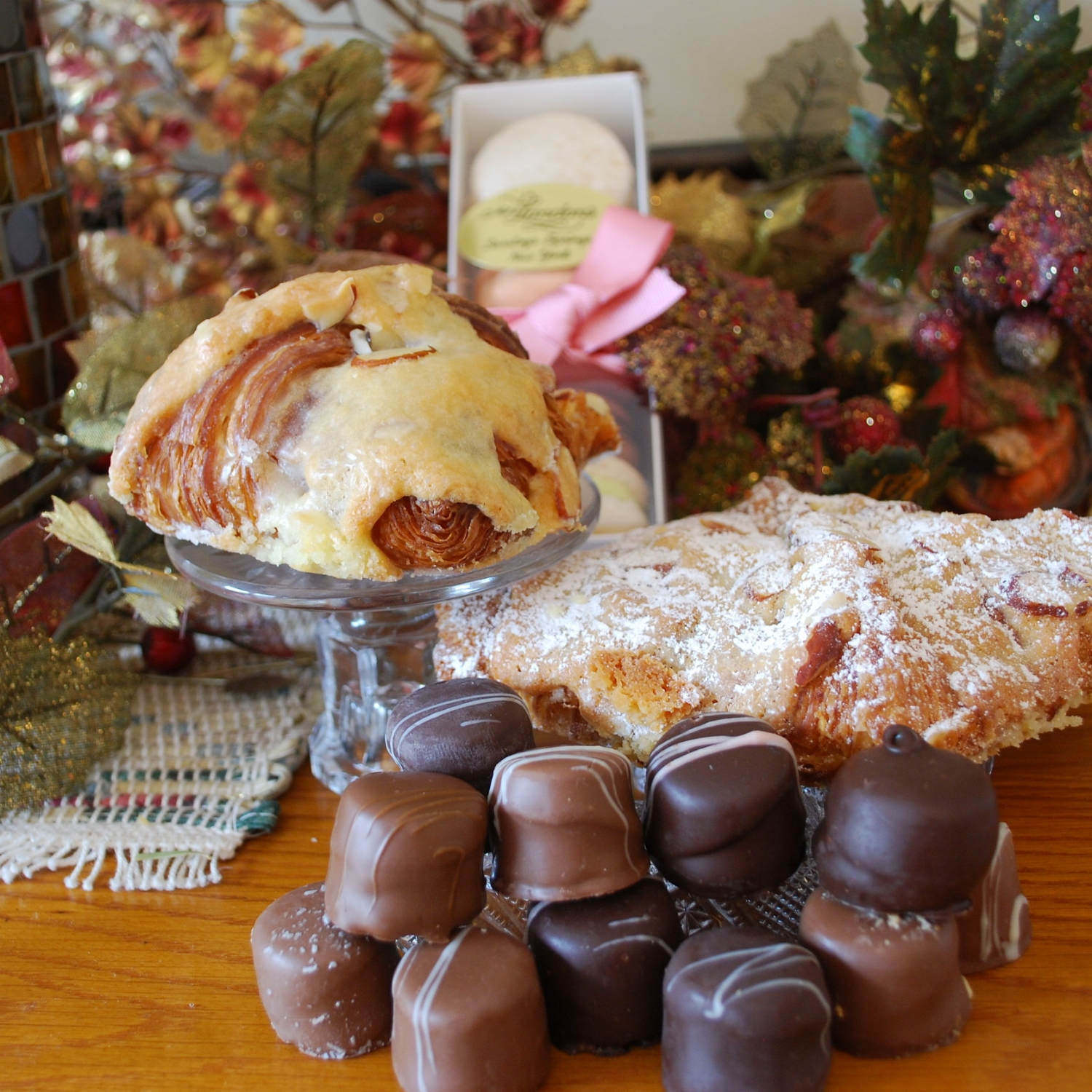 Who doesn't like a souvenir? Pastries from  Mrs.London's  and chocolates from  Kilwins  changed our trip status from an overnight to a luxuriously delectable overnight!