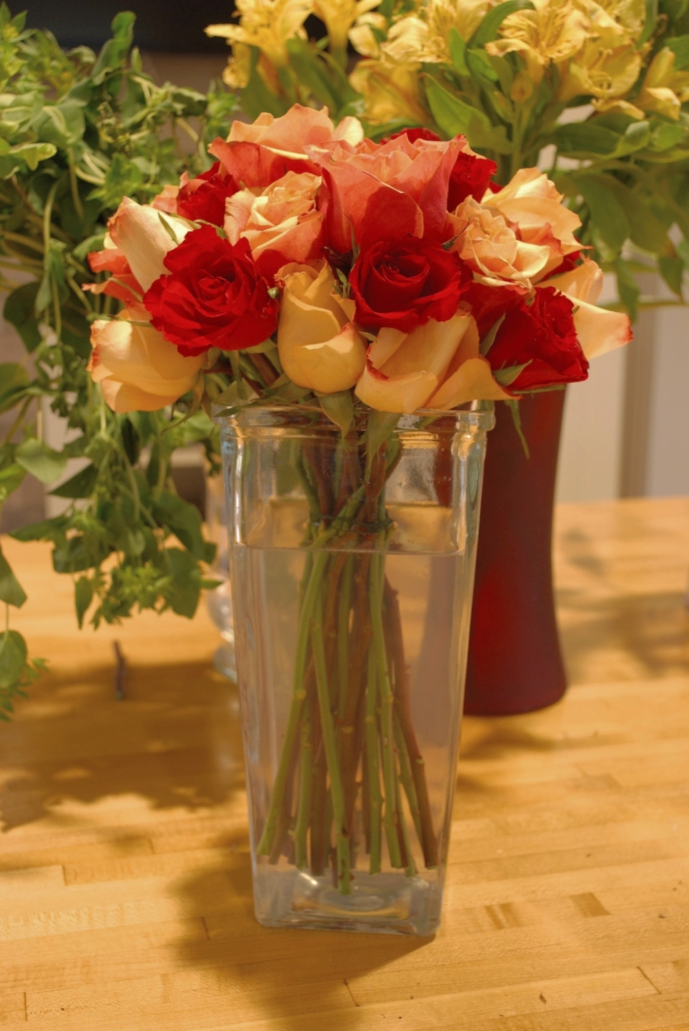 Step five: Give your bouquet a drink and prepare any extra decorative touches to complete your finished bouquet.