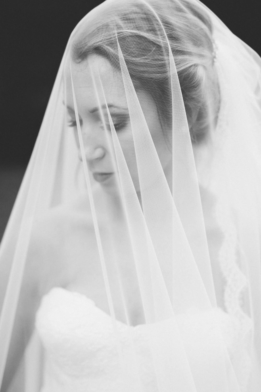 AKC-hunt-bridal-portraits-09-11-2017-113 copy.jpg