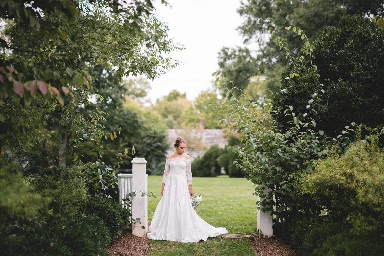 AKC-hunt-bridal-portraits-09-11-2017-045 copy.jpg