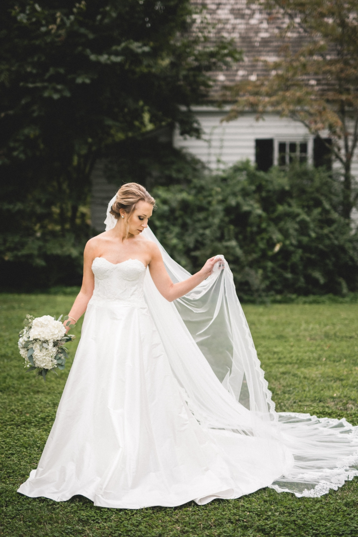AKC-hunt-bridal-portraits-09-11-2017-096 copy.jpg