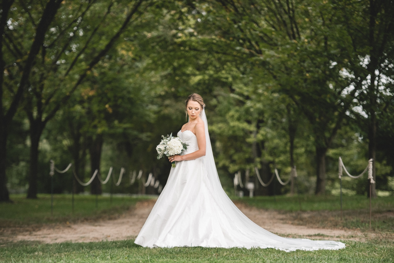 AKC-hunt-bridal-portraits-09-11-2017-087 copy.jpg
