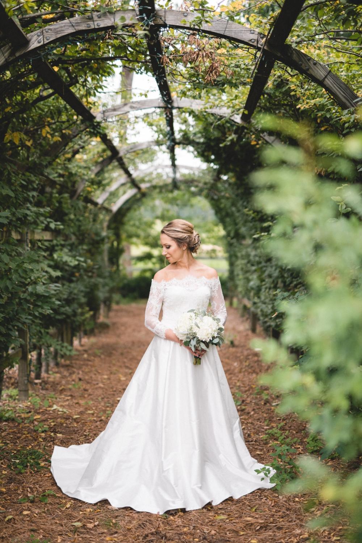 AKC-hunt-bridal-portraits-09-11-2017-047 copy.jpg