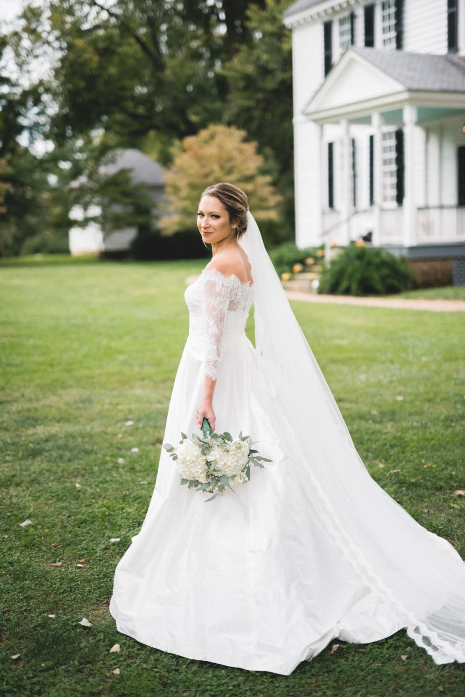 AKC-hunt-bridal-portraits-09-11-2017-021 copy.jpg