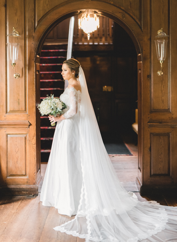 AKC-hunt-bridal-portraits-09-11-2017-013 (1).jpg
