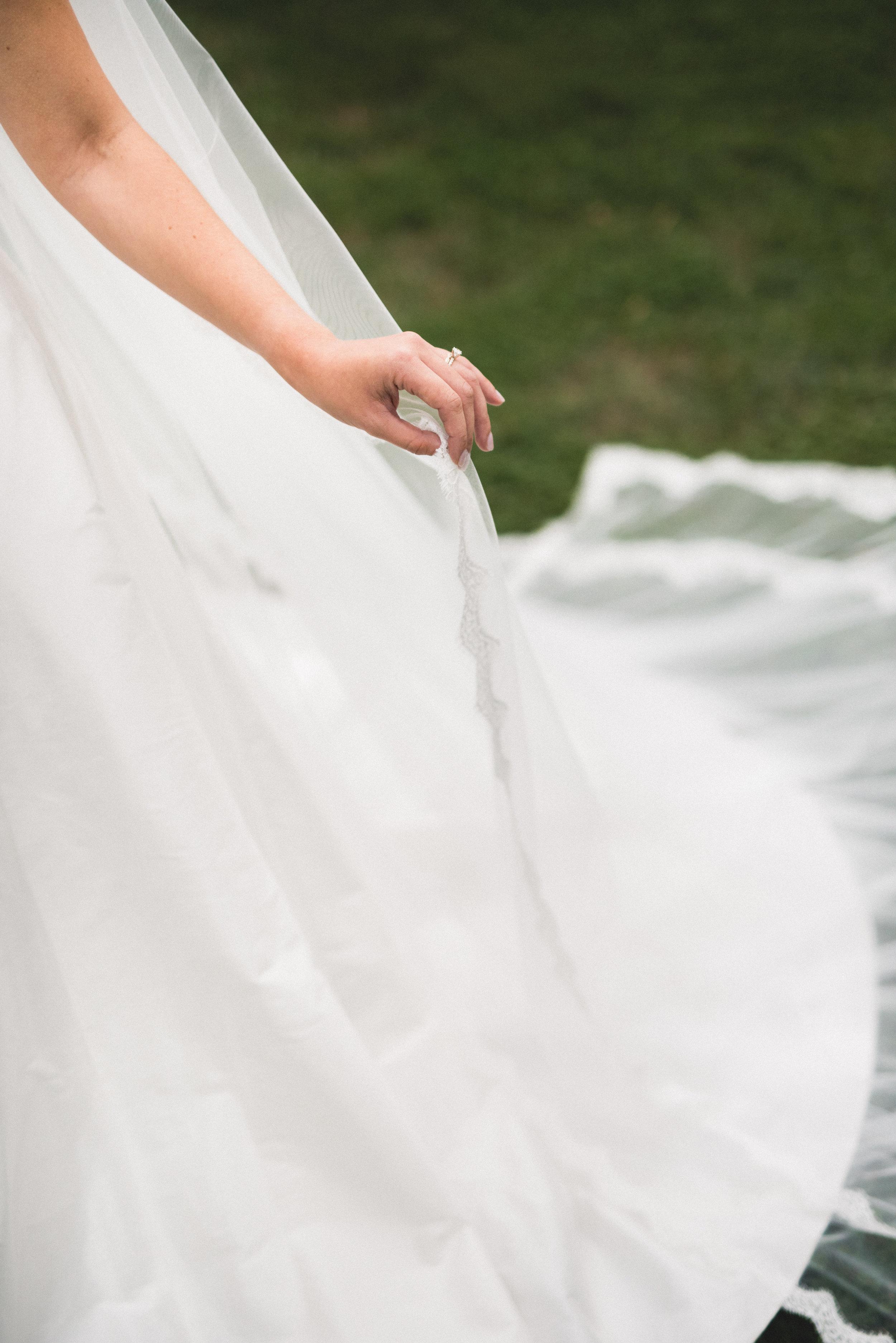 AKC-hunt-bridal-portraits-09-11-2017-095.jpg