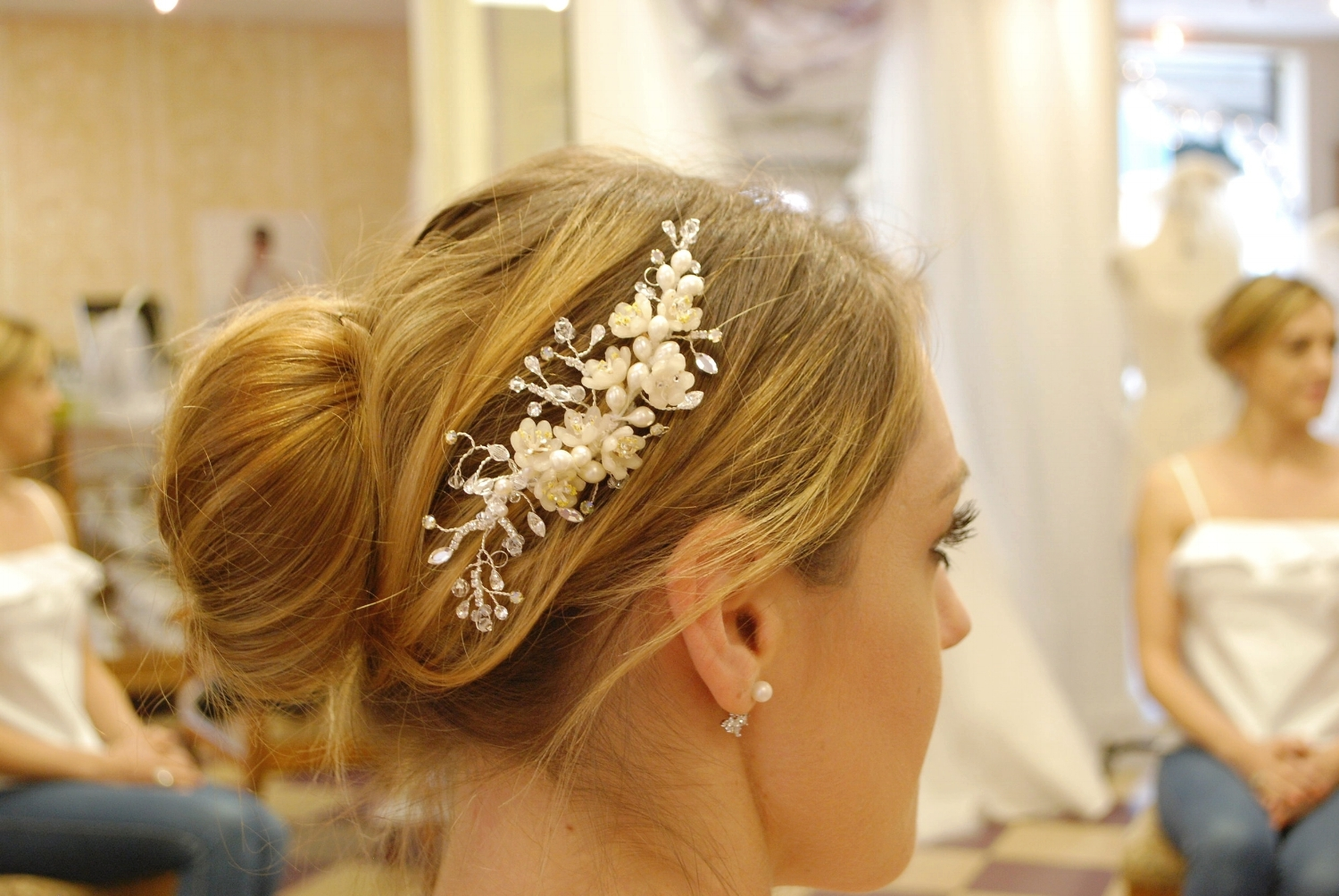 Jen came to pick her up headpiece the week she was leaving to go back home to the U.K. for her wedding.