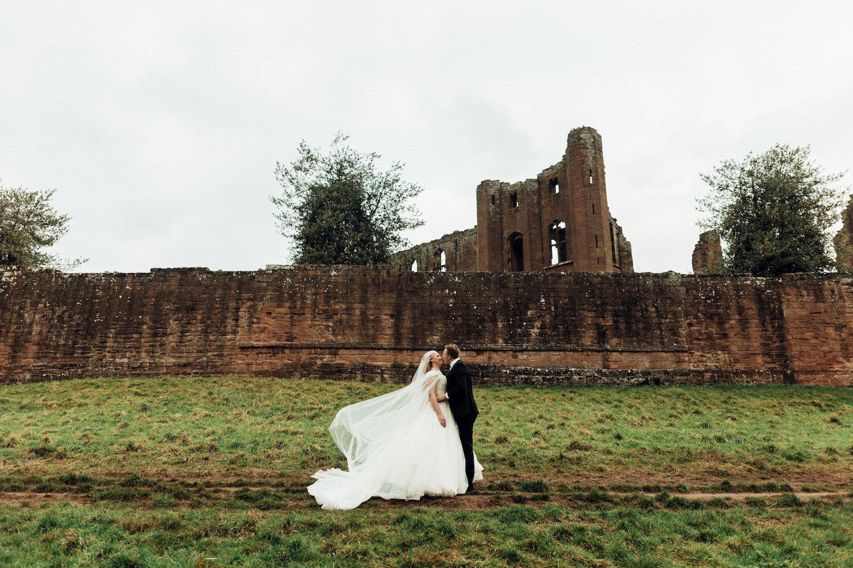 Kenilworth-castle-wedding-3.jpg