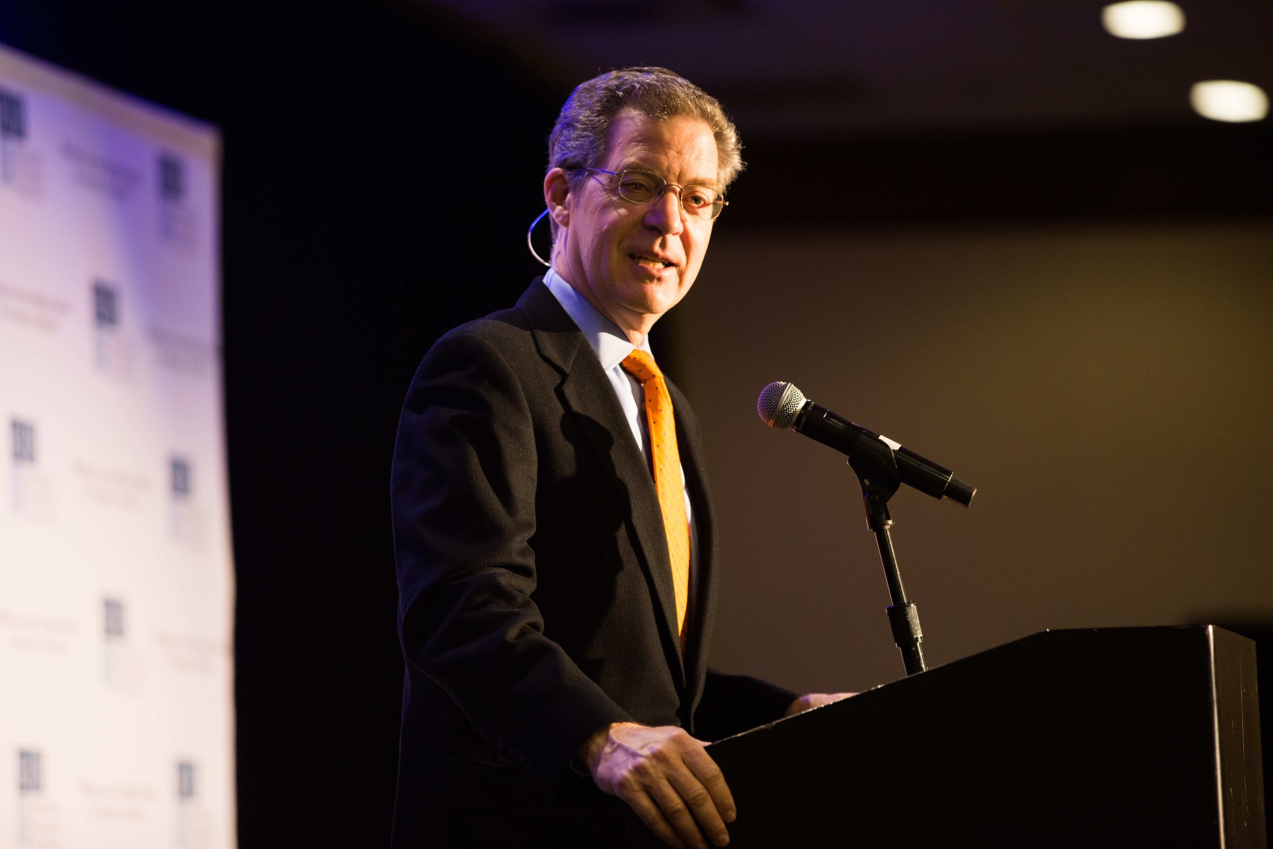 Sam Brownback, Ambassador at Large for International Religious Freedom gives the opening keynote address. Photo: RFI/Margaret Wroblewski