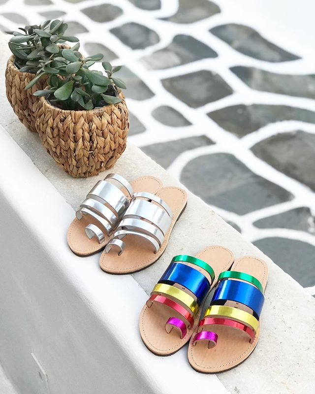 Happy Easter from Mykonos with new @isapera.sandals ☀️💙🌈