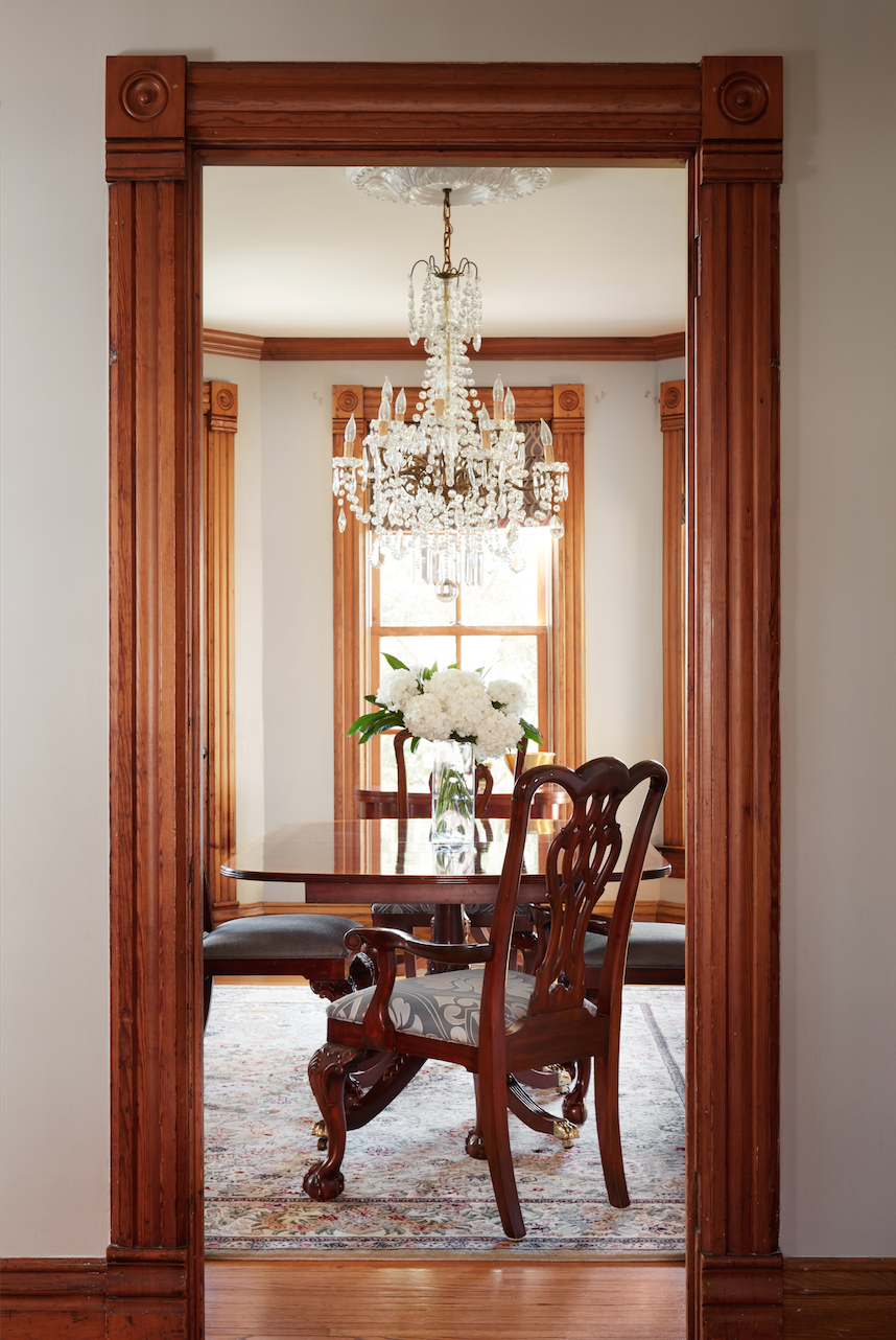 Dining Room - Interior Design - Art Curation by Paula Interiors