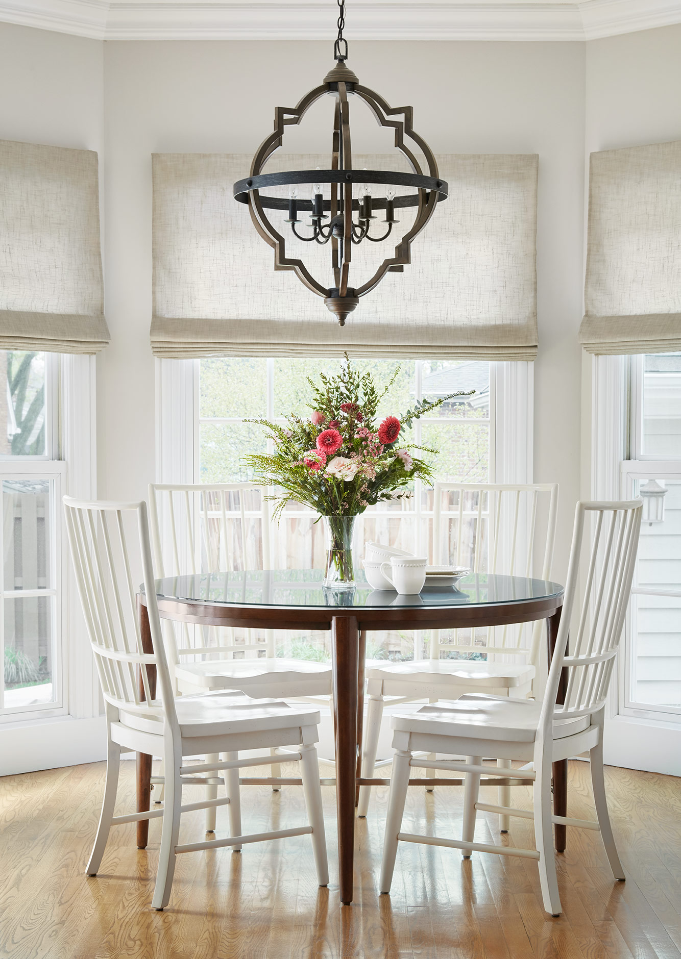 Breakfast Nook - Interior Design - Art Curation by Paula Interiors