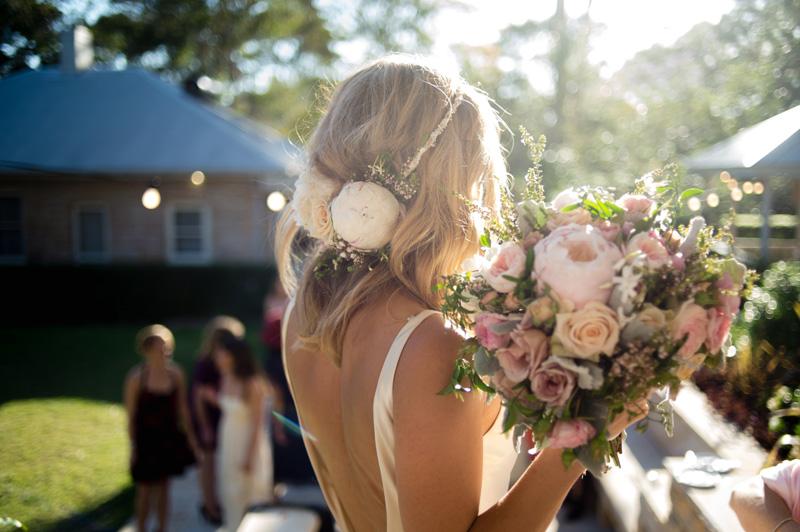 Natalie-beautifiul-hair-flowers-800x532.jpg