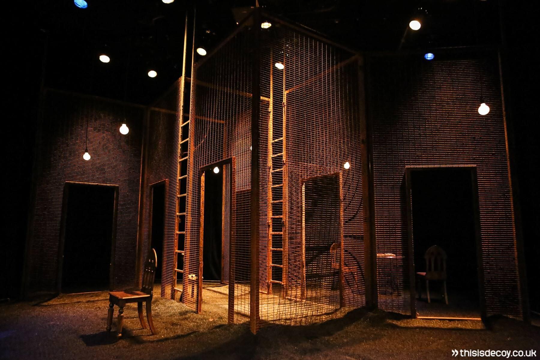 home theatre set build
