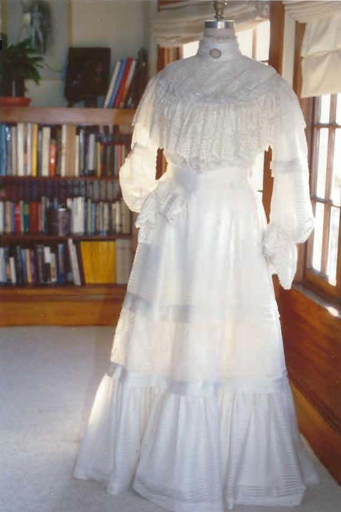 Dress: Angela Ghirardelli