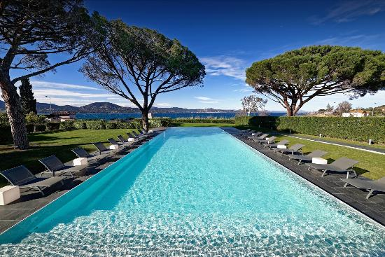 http://www.kubehotel-saint-tropez.com/en/page/luxury-rooms-and-suites.2.html