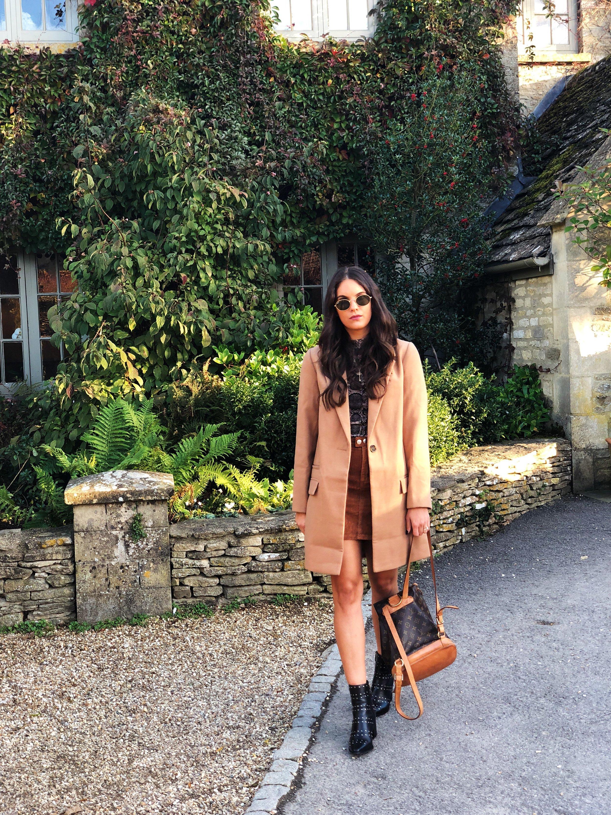 J Wears  Boots -  Dune London    Coat - Missguided    Skirt - Missguided    Top - Zara    Sunglasses - Rayban    Bag - Louis Vuitton