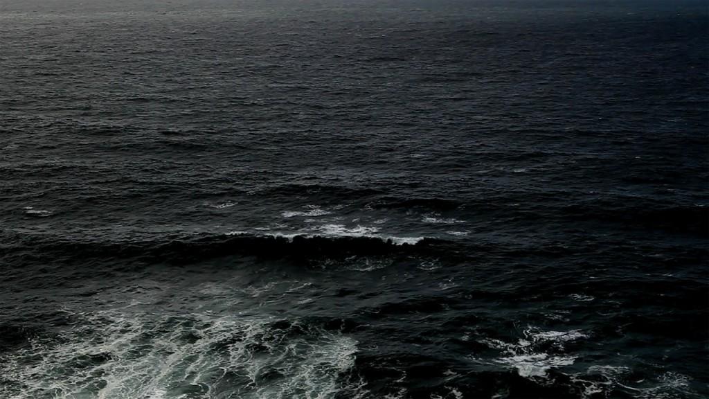 Lisa Tan - Waves