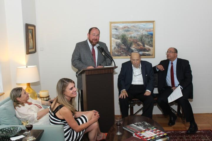 Rabbi Shlomo Kimche, Rosh Yeshiva of YBA Orot Yehuda in Efrat, addresses the audience briefly.