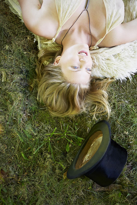 Ella Loundon 3.jpg