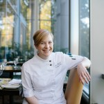 A native of Springfield, VA, Caitlin Dysart is the award-winning Pastry Chef at reknowned French restaurant, 2941. Dysart won the RAMMY Award for Pastry Chef of the Year in 2014.