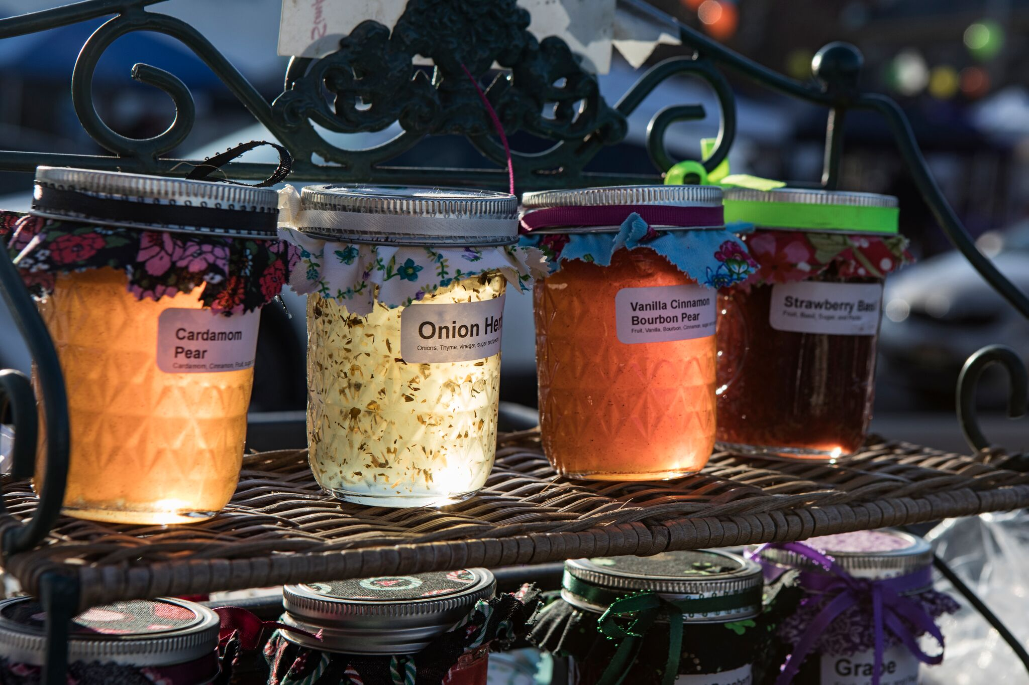 Jams at the Waverly Farmers Market.