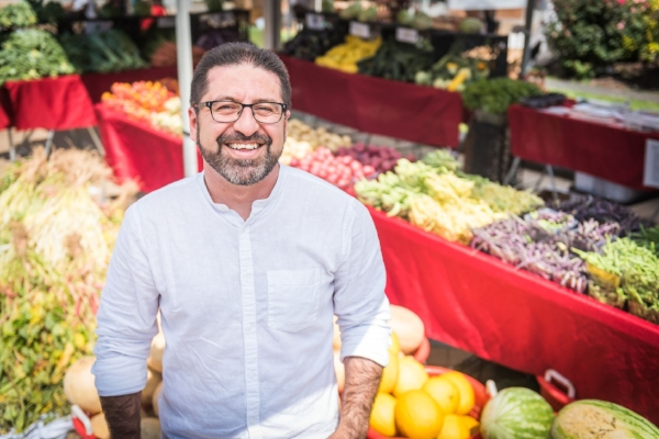 Hugo Mogollon is the executive director of Community Foodworks, a nonprofit rethinking the farmers market, putting it to work for more people.