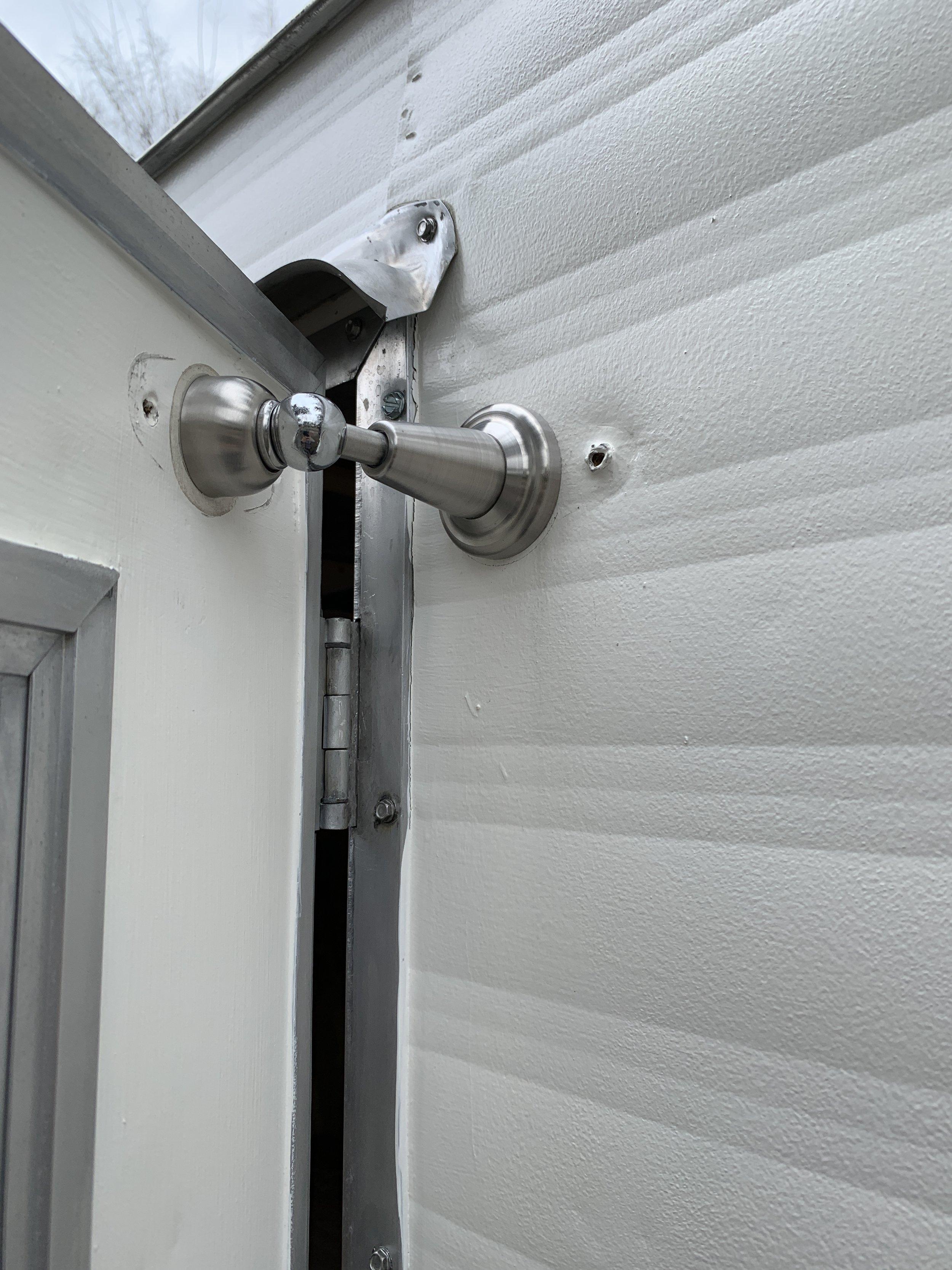 Lone-Oak-Design-Co_Magnetic-Door-Stop