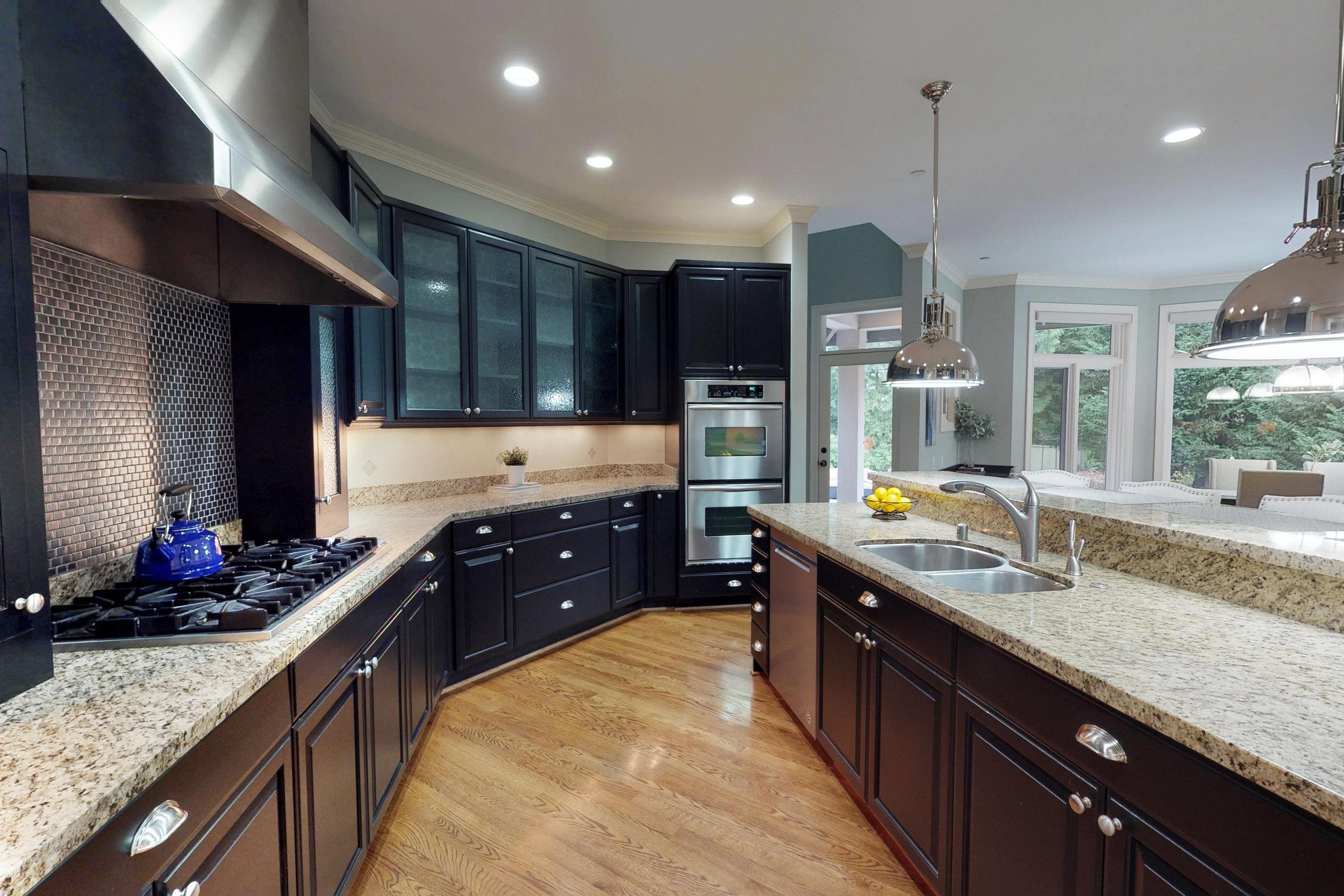 luxury kitchen photography.jpg