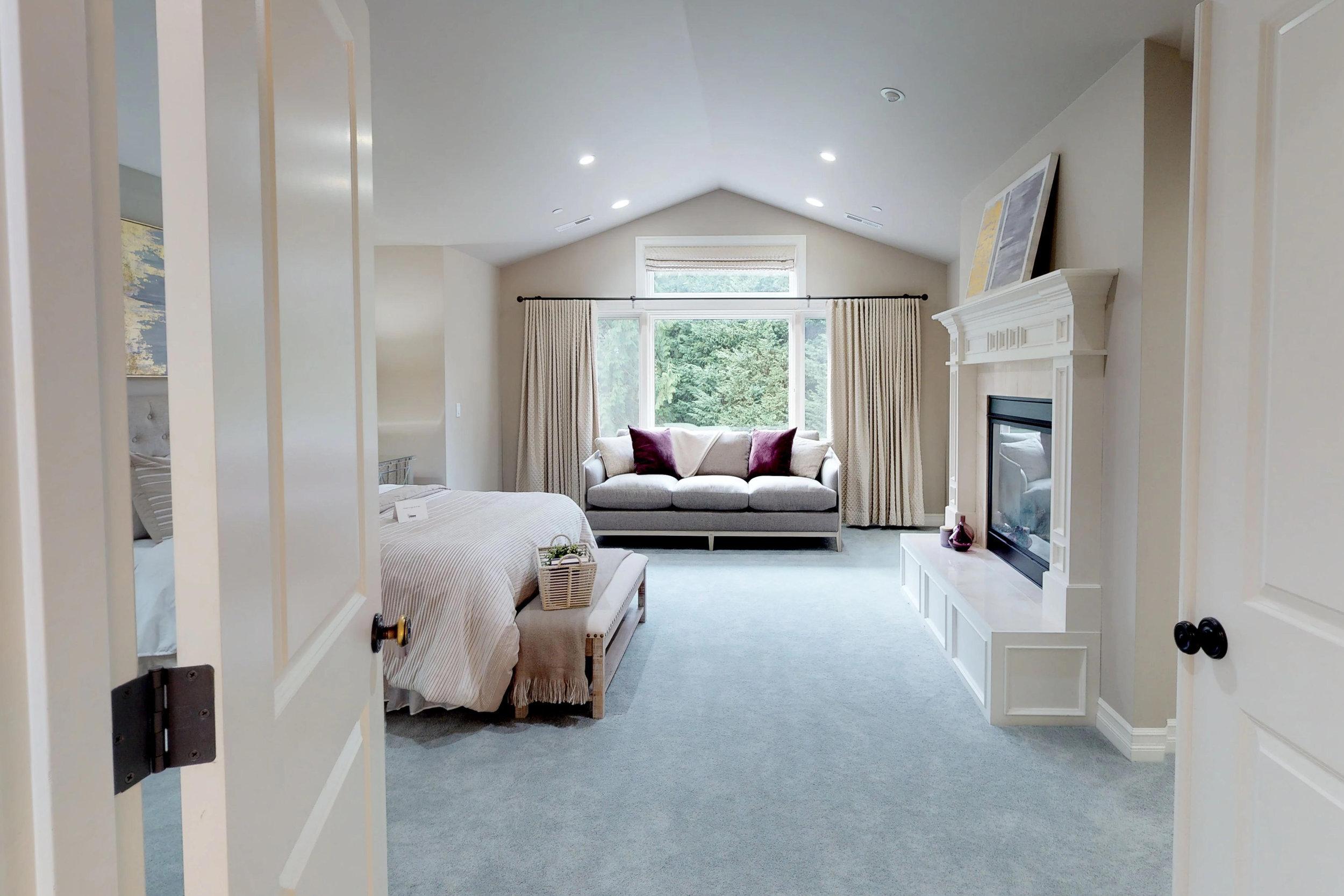 redmond luxury homes.jpg