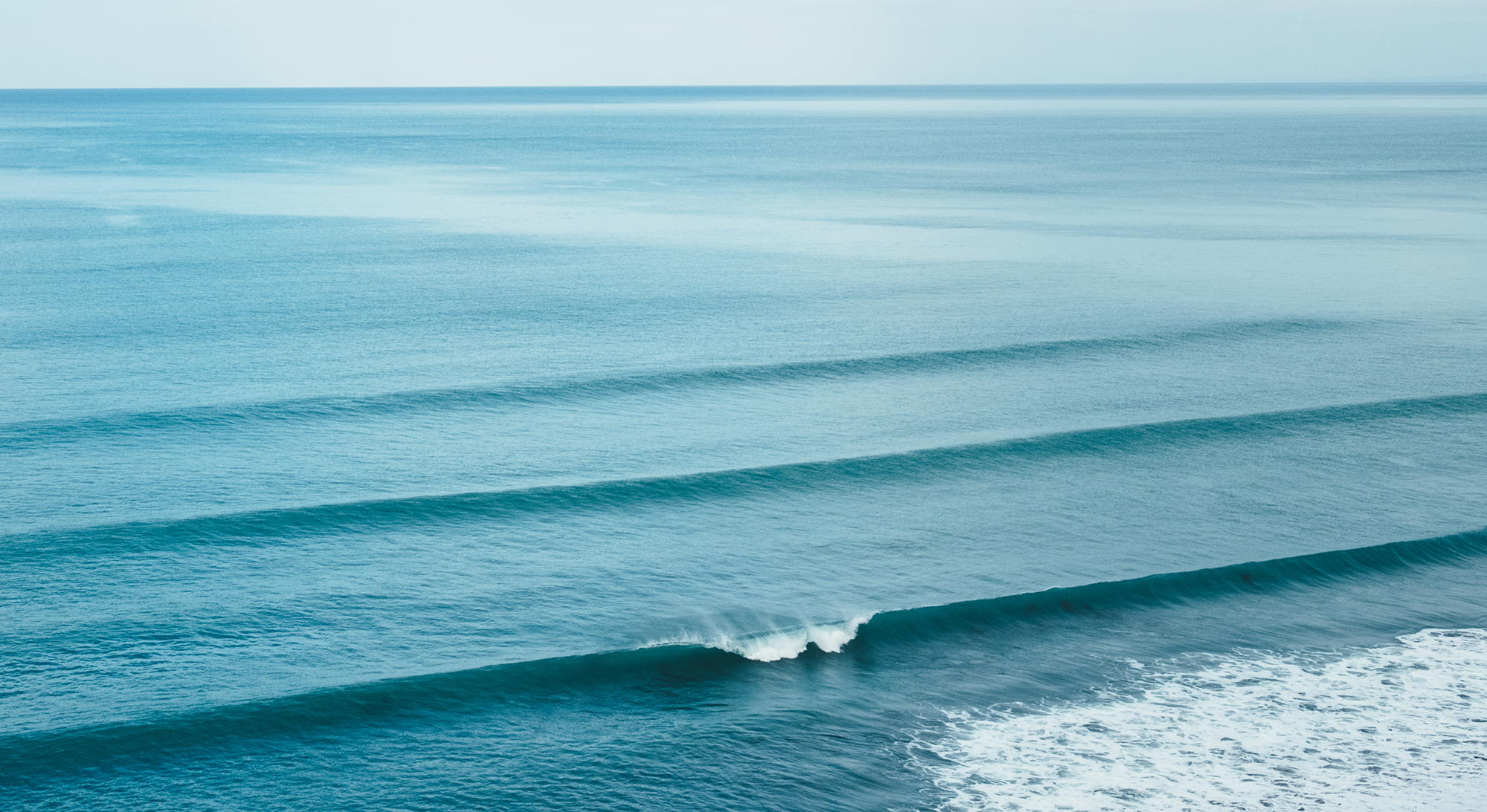 Consistent waves are the best source of power (Courtesy Mathias Kurmann)