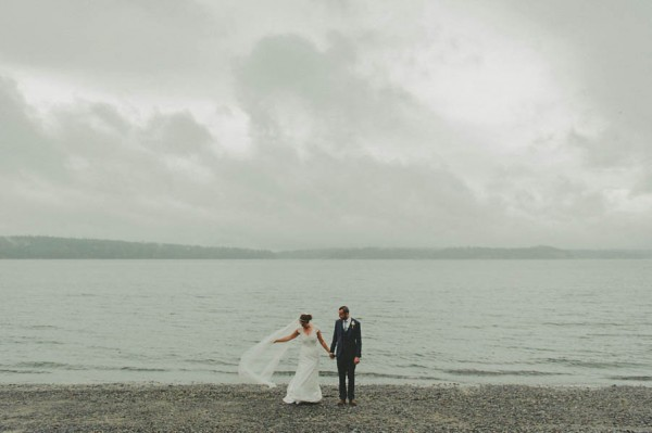 Sentimental-Vancouver-Island-Wedding-at-The-Dolphins-Resort-Jennifer-Armstrong-Photography-11-600x399.jpg