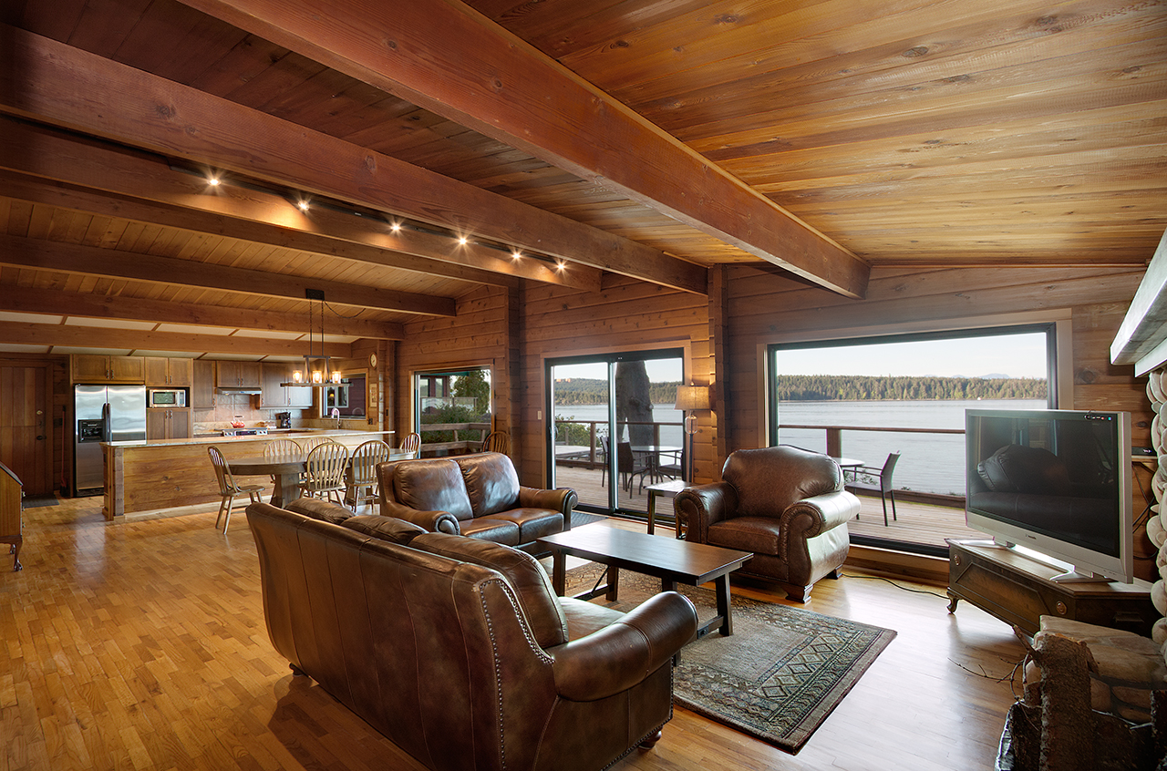 SEA RIDGE CABIN - Three Bedrooms  Newly renovated cabin with large deck, perfect for enjoying the view. From $400-$575
