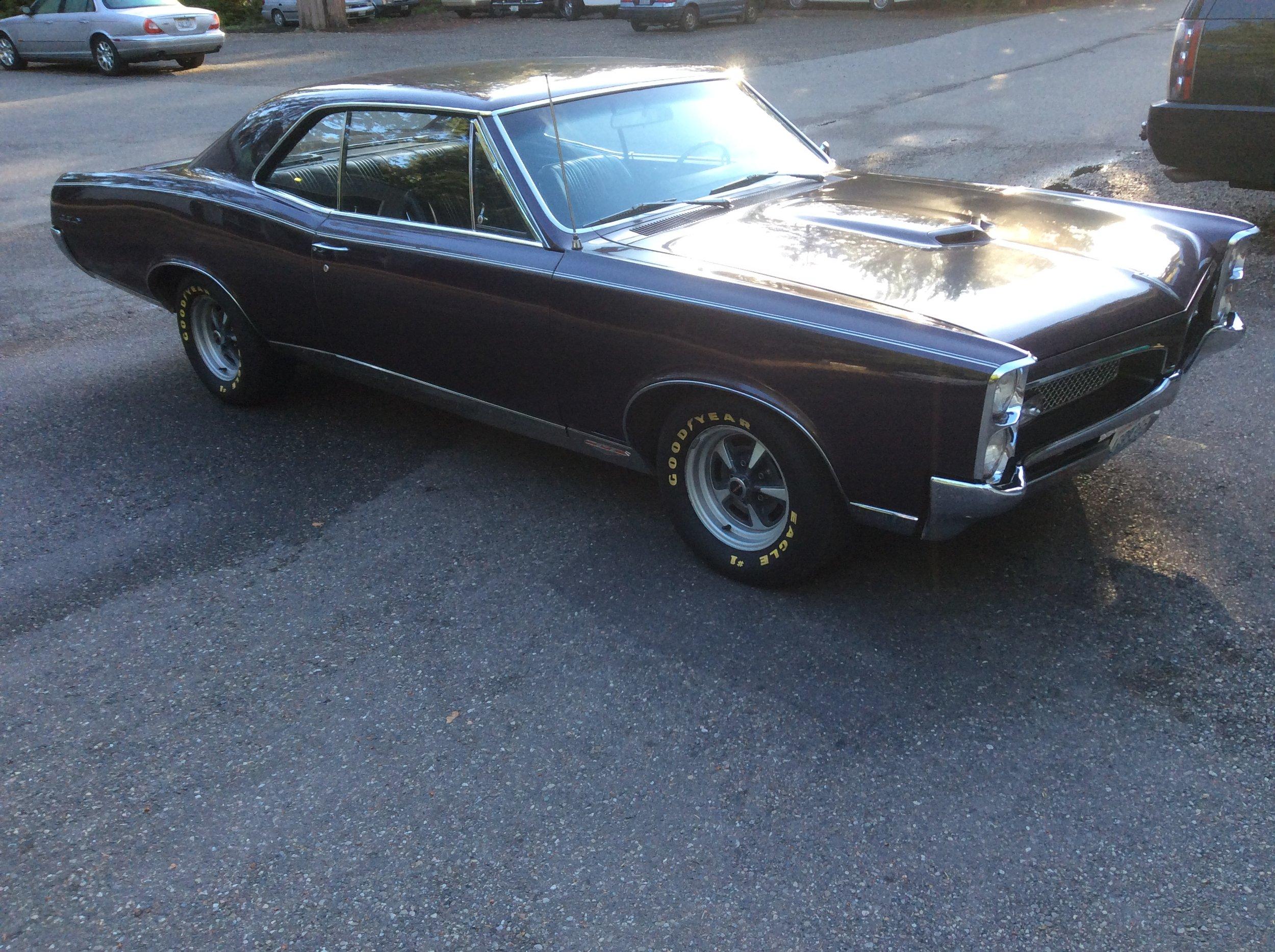 """1967 Pontiac GTO<div class=""""sold"""">SOLD</div>"""