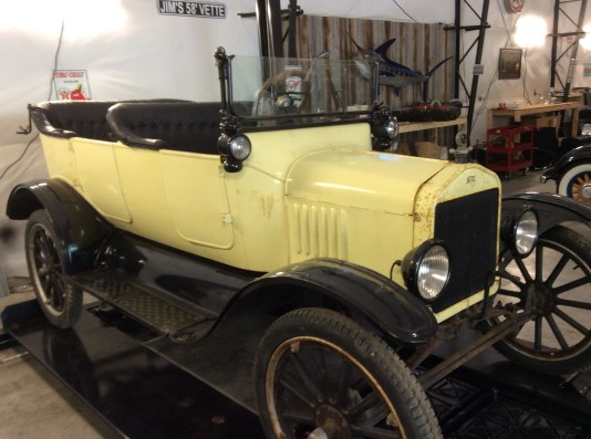 "1917 Ford Model T <div class=""sold"">SOLD</div>"
