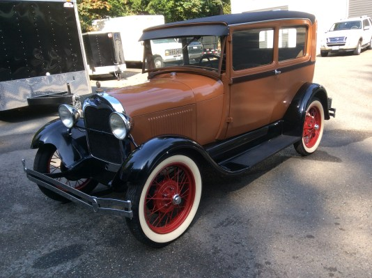 "1929 Ford Model A<div class=""sold"">SOLD</div>"