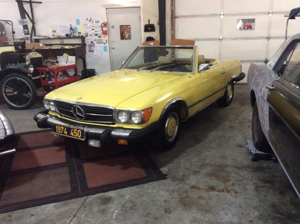 "1974 Mercedes Benz 450<div class=""sold"">SOLD</div>"