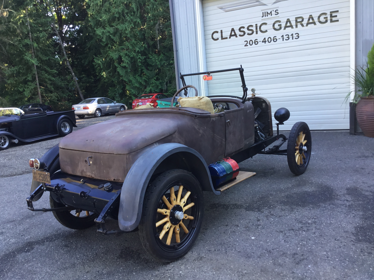 "1924 Dodge Brothers Roadster <div class=""sold"">SOLD</div>"