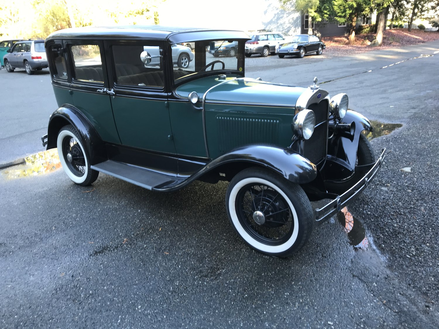 "1930 Model A<div class=""sold"">SOLD</div>"