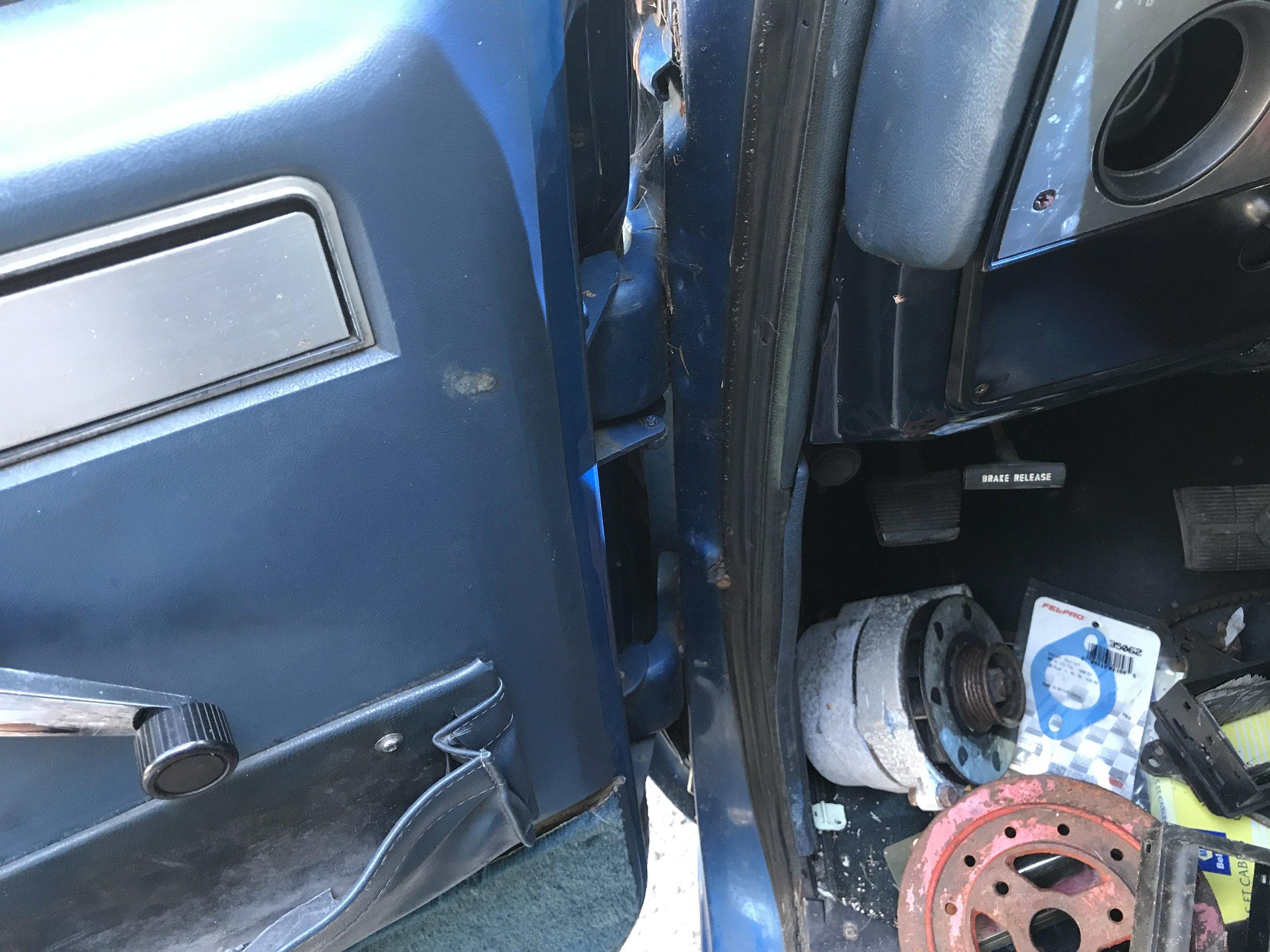 1986 Chevy Silverado (38).JPG